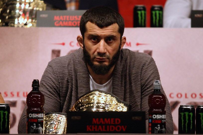 Jaką decyzję podejmie Mamed Chalidow? /fot. Marcin Szymczyk /Newspix