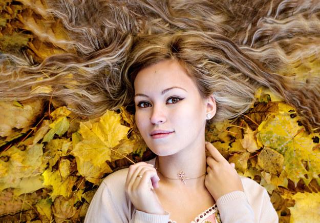 Jaką fryzurę wybrać? /123/RF PICSEL