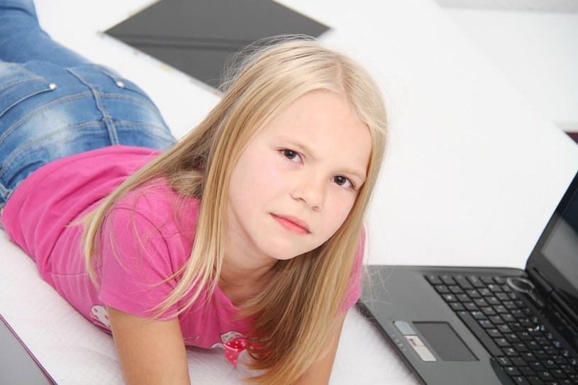 Jaki notebook na komunię? Radzimy, jaki komputer przenośny warto kupić na komunię /©123RF/PICSEL