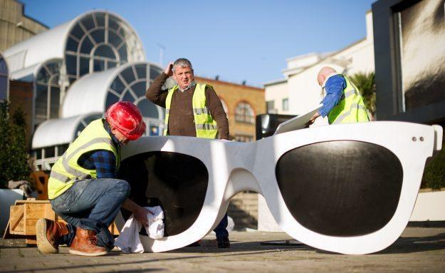 Jakie możliwości będą mieć okulary od Google? /AFP