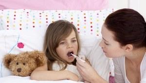 Jakie są przyczyny, objawy i jak wygląda leczenie anginy dla dzieci?