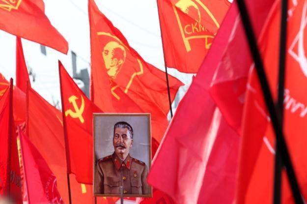 Jakiego smartfona używałby Józef Stalin? /AFP