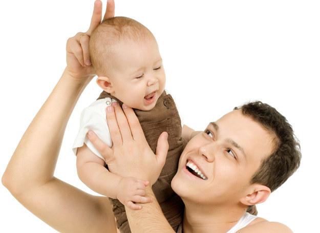 Jakim ojcem będziesz? Sprawdź! /123RF/PICSEL