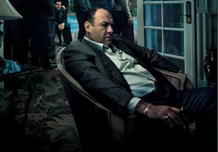 James Gandolfini w mafijnym ubraniu /materiały dystrybutora