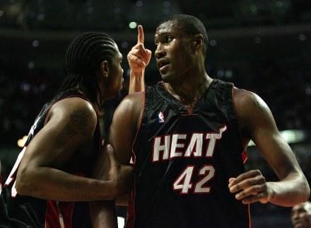 James Posey (z prawej) jeszcze w koszulce Heat /AFP
