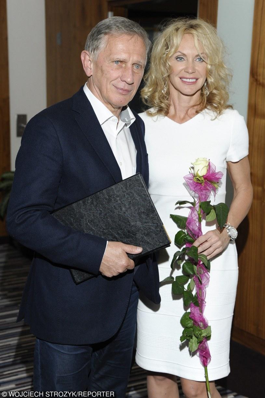 Jan Englert z żoną, młodszą o 25 lat Beatą Ścibakówną /Wojciech Strozyk / Reporter /East News