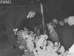 Jan Kiepura przyjmuje gratulacje od ministra propagandy, oświecenia publicznego i informacji III Rzeszy Josepha Goebbelsa