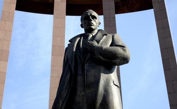 Jan Olszewski wybiela kata Polaków, Żydów i Ukraińców