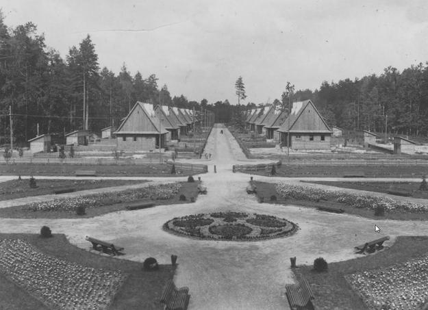 Janowa Dolina powstała w okresie II Rzeczypospolitej w latach 1920-1930 jako wzorcowe osiedle zakładowe przy nowo powstałych Państwowych Kamieniołomach Bazaltu /Z archiwum Narodowego Archiwum Cyfrowego