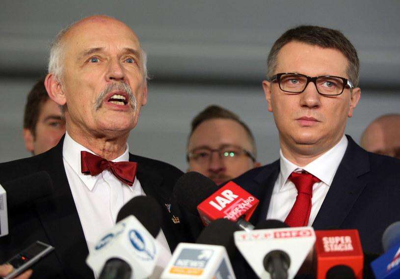 Janusz Korwin-Mikke i Przemysław Wipler /Tomasz Gzell /PAP
