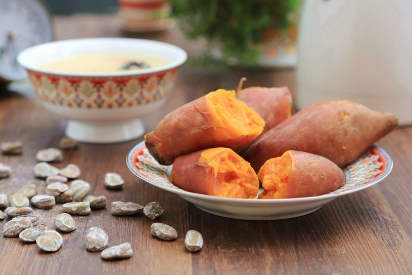 Japońskie słodkie ziemniaki /©123RF/PICSEL