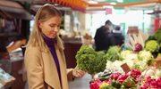 Jarmuż – warzywny bukiet witamin. Jakie ma właściwości i co z niego przygotować?