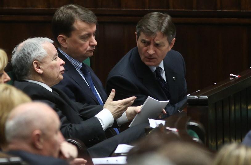 Jarosław Kaczyński, Mariusz Błaszczak i Marek Kuchciński /Rafał Guz /PAP