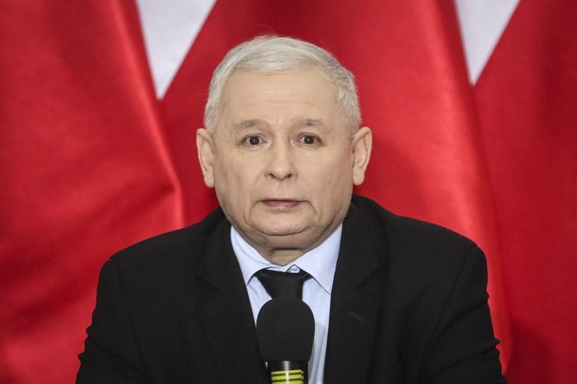 Jarosław Kaczyński nie wiedział, że to Kancelaria Sejmu zamówiła kanapki /Andrzej Iwańczuk /Reporter