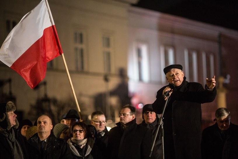 Jarosław Kaczyński podczas miesięcznicy smoleńskiej /Maciej Stanik /Reporter