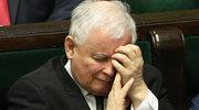 Jarosław Kaczyński zmęczony (?) na posiedzeniu Sejmu