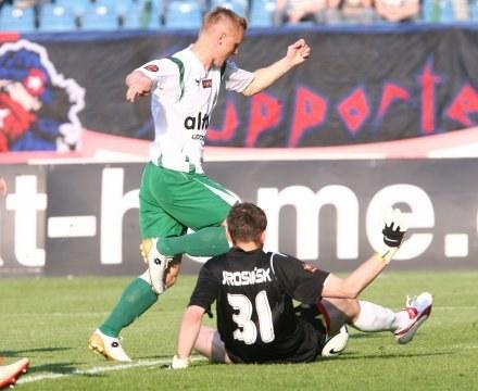 Jarosław Lato - skrzydłowy Groclinu/Fot: Tomasz Markowski /Agencja Przegląd Sportowy