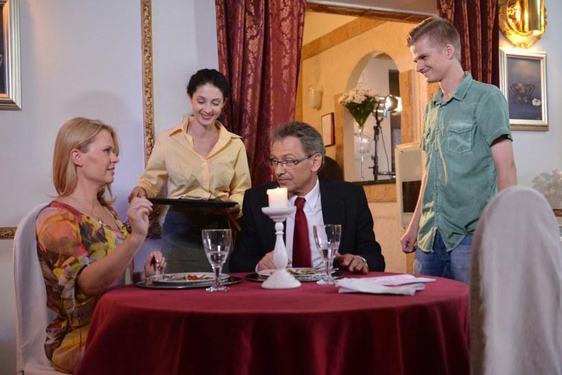 Jasiek nie przedstawi rodzicom swojej ukochanej /Agencja W. Impact