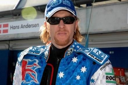 Jason Crump wygrał w Eskilstunie dwa poprzednie turnieje GP /Tomasz Szatkowski