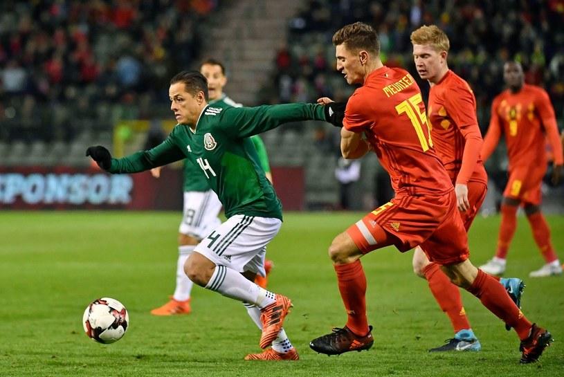 Javier Hernandez podczas meczu reprezentacji Meksyku /AFP