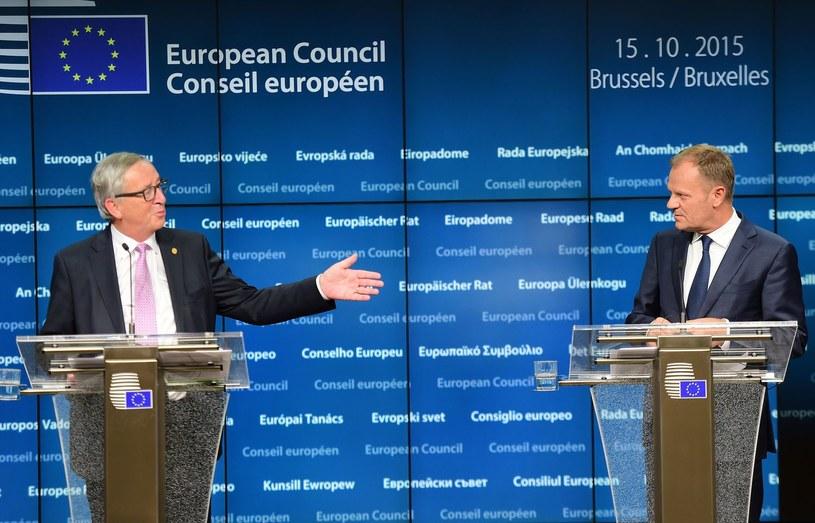 Jean-Claude Juncker i Donald Tusk /EMMANUEL DUNAND /AFP