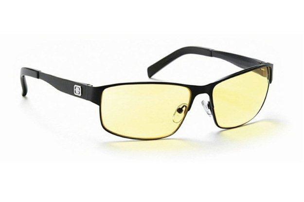 Jeden z biznesowych modeli nowych okularów Gunnar /materiały prasowe