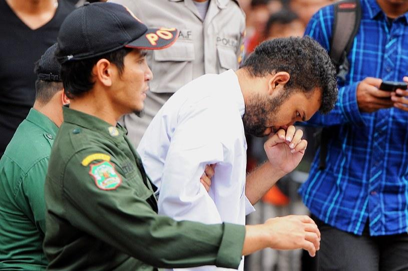 Jeden z dwóch mężczyzn, którego spotkała publiczna chłosta /AFP
