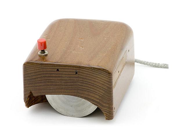 Jeden z pierwszych prototypów myszek - Computerhistory.org /materiały prasowe