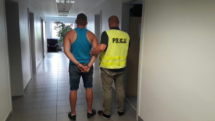 Jeden z zatrzymanych mężczyzn /Policja