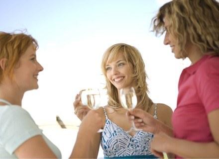 Jedna lampka wina dziennie jest korzystna dla zdrowia