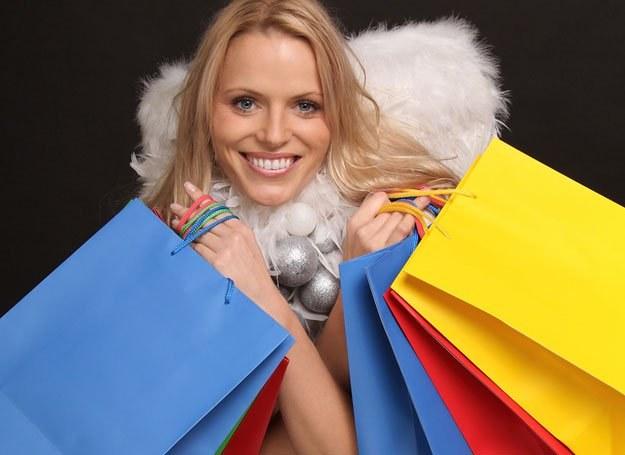 Jedna piąta Polaków prezenty świąteczne kupi w internecie /© Panthermedia