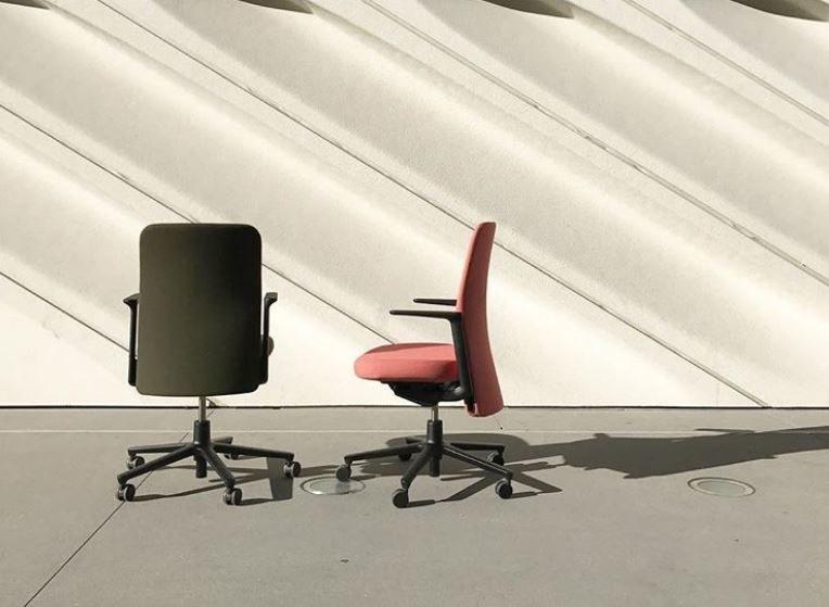 Jedno krzesło kosztuje ponad 4000 złotych /materiały prasowe