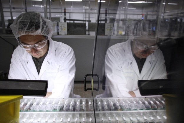 Jedno szczepienie wystarczy na całe życie? /AFP