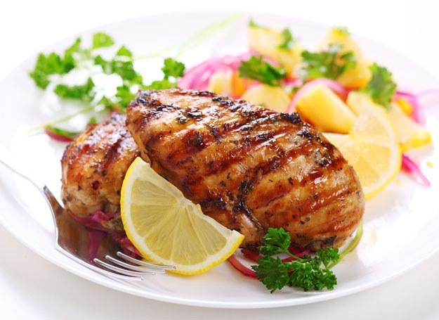 Jedz i... chudnij! /123RF/PICSEL