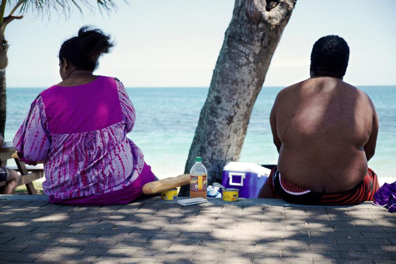 Jedzenie o późnych godzinach może wywoływać otyłość /AFP