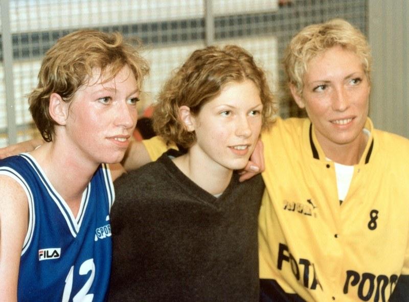 Jej siostry też były koszykarkami. Od lewej: Małgorzata, Marta i Katarzyna Dydek /East News