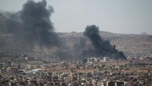 Jemen: Walki w Sanie. Wątpliwości co do dymisji premiera