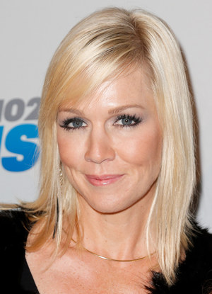 Jennie Garth /Imeh Akpanudosen /Getty Images/Flash Press Media