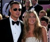 Jennifer Aniston i Brad Pitt podczas wręczenia nagród Emmy /AFP
