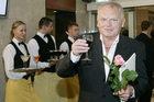 Jerzy Gruza: Playboy, co żadnej pracy się nie boi