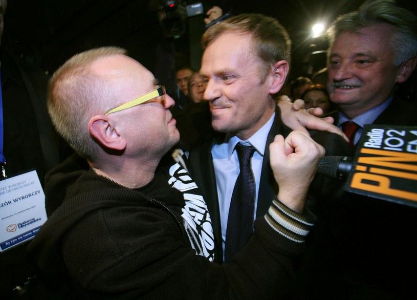 Jerzy Owsiak i Donald Tusk /East News