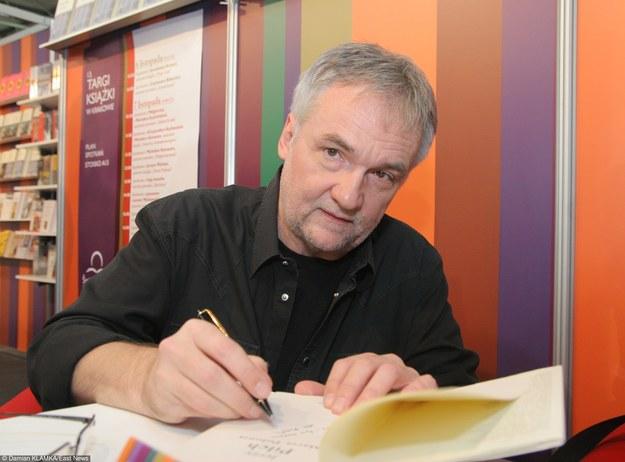 Jerzy Pilch na Targach Książki w Krakowie w 2009 roku/fot. Damian Klamka /East News