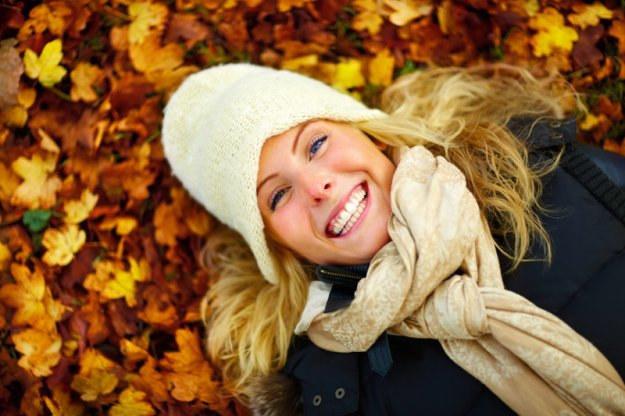 Jesienią ból gardła nie musi ci towarzyszyć na każdym kroku /© Panthermedia