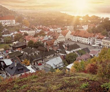 Jesienny spacer po czterech najurokliwszych rynkach małych miast