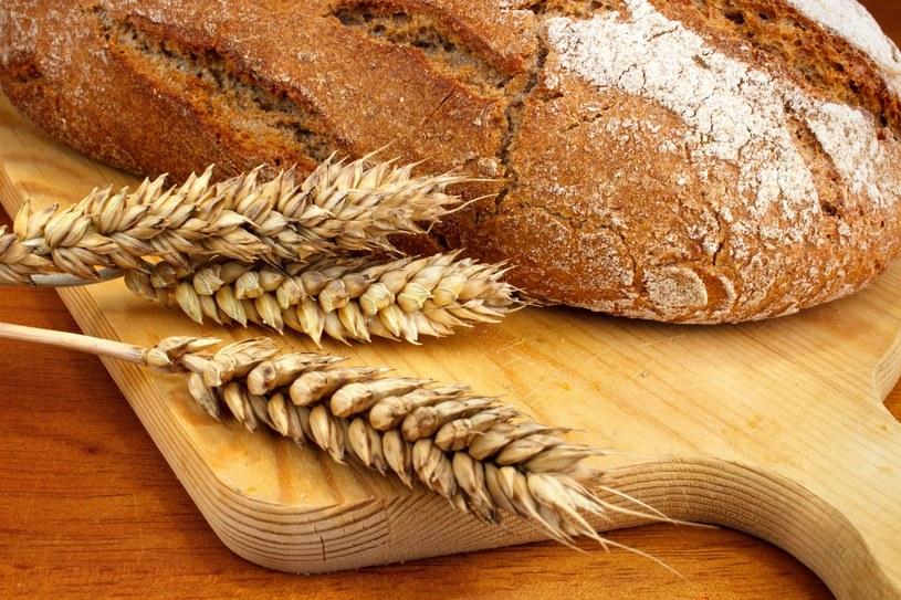 Jeśli jesteś zdrowy, wyeliminowanie glutenu z diety w niczym ci nie pomoże, a wręcz przeciwnie - może zaszkodzić! /©123RF/PICSEL