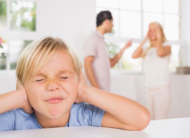 Jeśli rodzice są w sporze, sąd może skierować ich na mediacje /123RF/PICSEL