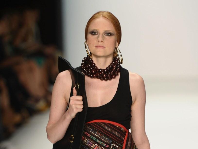 Jeśli to twój styl, to obowiązkowo powinnaś wyróżniać się w tłumie  /Getty Images/Flash Press Media