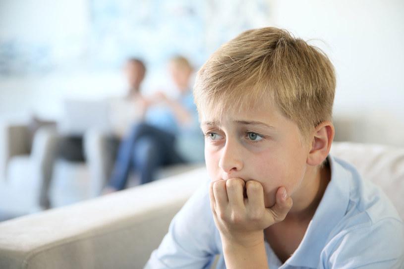 Jeśli twoje dziecko często napotyka trudności, możesz mu pomóc, ucząc je skutecznego radzenia sobie z kłopotami /123RF/PICSEL