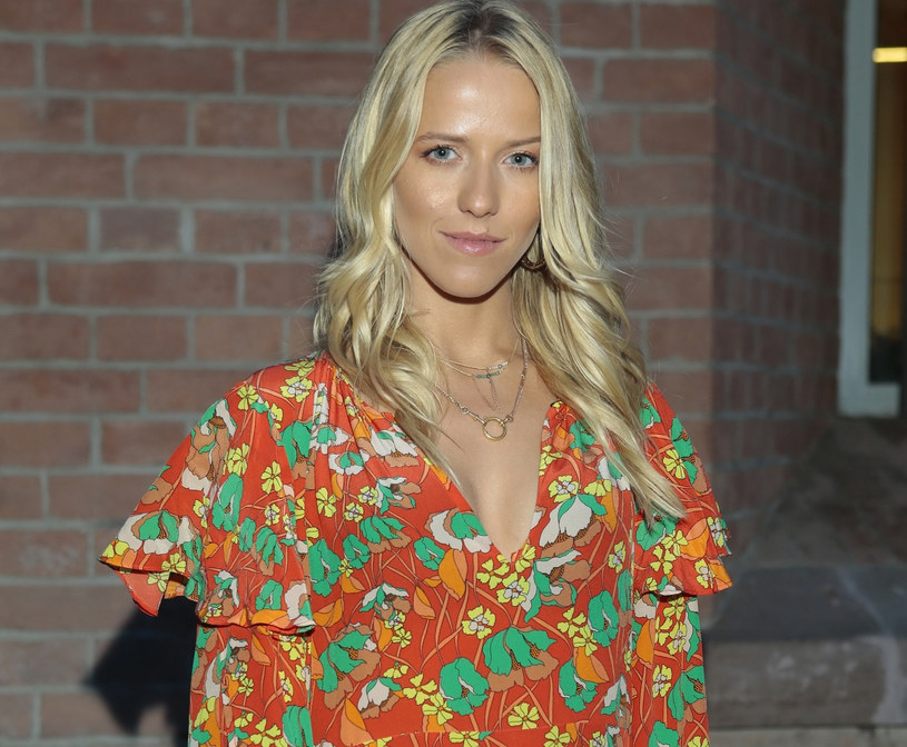 Jessica Mercedes w sukience w kwiaty /East News