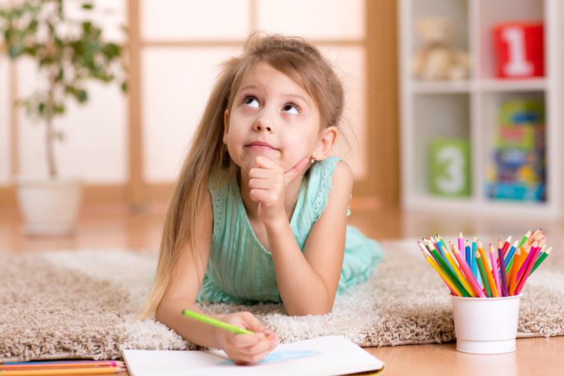 Jest wiele sposobów, aby wychować niewierzące dziecko na dobrego człowieka /©123RF/PICSEL